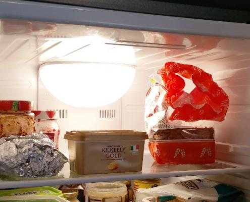 عوض کردن لامپ یخچال